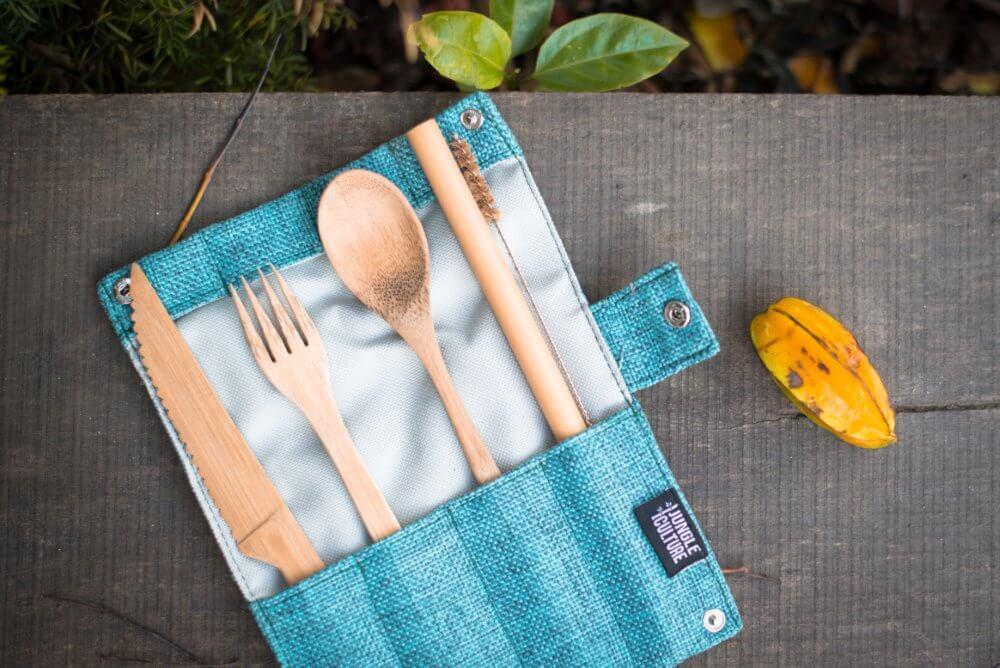 Na piknik in potovanje s seboj odnesi jedilni pribor iz  bambusa